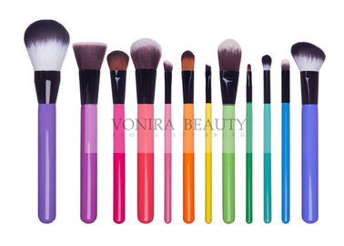 Vegan Synthetic Blending Brush With Rainbow Color Wooden Handles Synthetic Contour Brush