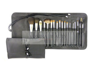 18Pcs Wooden Natural & Synthetic Makeup Brush Set Kit With Holder